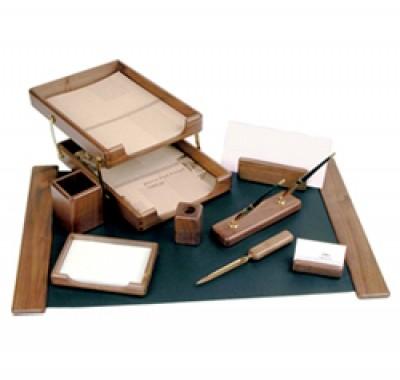 Настольные наборы для канцелярских товаров сувенирные